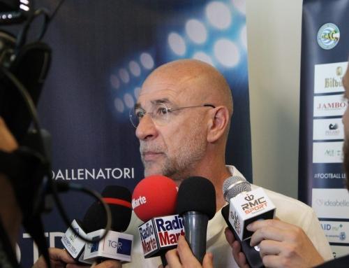 """Ballardini: """"Criscito porterà qualità e serietà, Perin merita una grande""""Il tecnico rossoblù ospite del convegno d'apertura del premio Football Leader"""