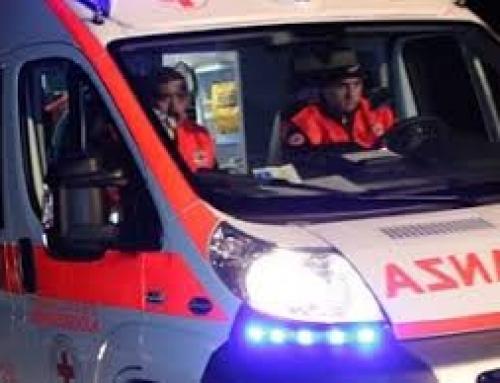 Scivola sul sentiero del Monte Gazzo e sbatte la testa, grave 50enneRecuperata dall'elicottero dei vigili del fuoco, la donna è in codice rosso al San Martino di Genova