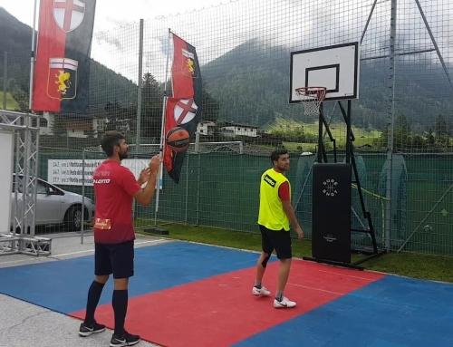 Genoa, magie di Rossettini e Zukanovic a basket sotto gli occhi dei tifosiDopo l'allenamento del mattino a Neustift