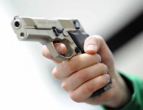 Coppia di 15enni con la pistola rapina due coetanei a GenovaE' successo in piazza Duca degli Abruzzi a Nervi, un altro grave episodio di violenza