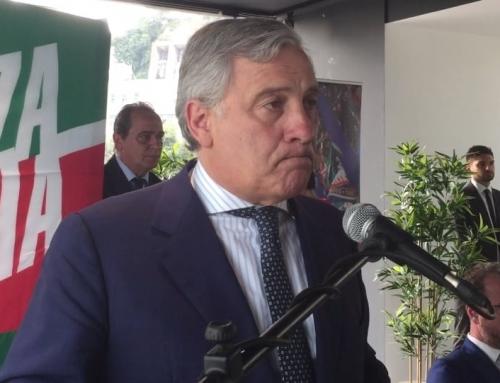 """Governo, Tajani: """"I peggiori riti da Prima Repubblica per le poltrone""""Per il vicepresidente di Forza Italia """"la Lega non riesce a difendere il programma del centrodestra"""""""