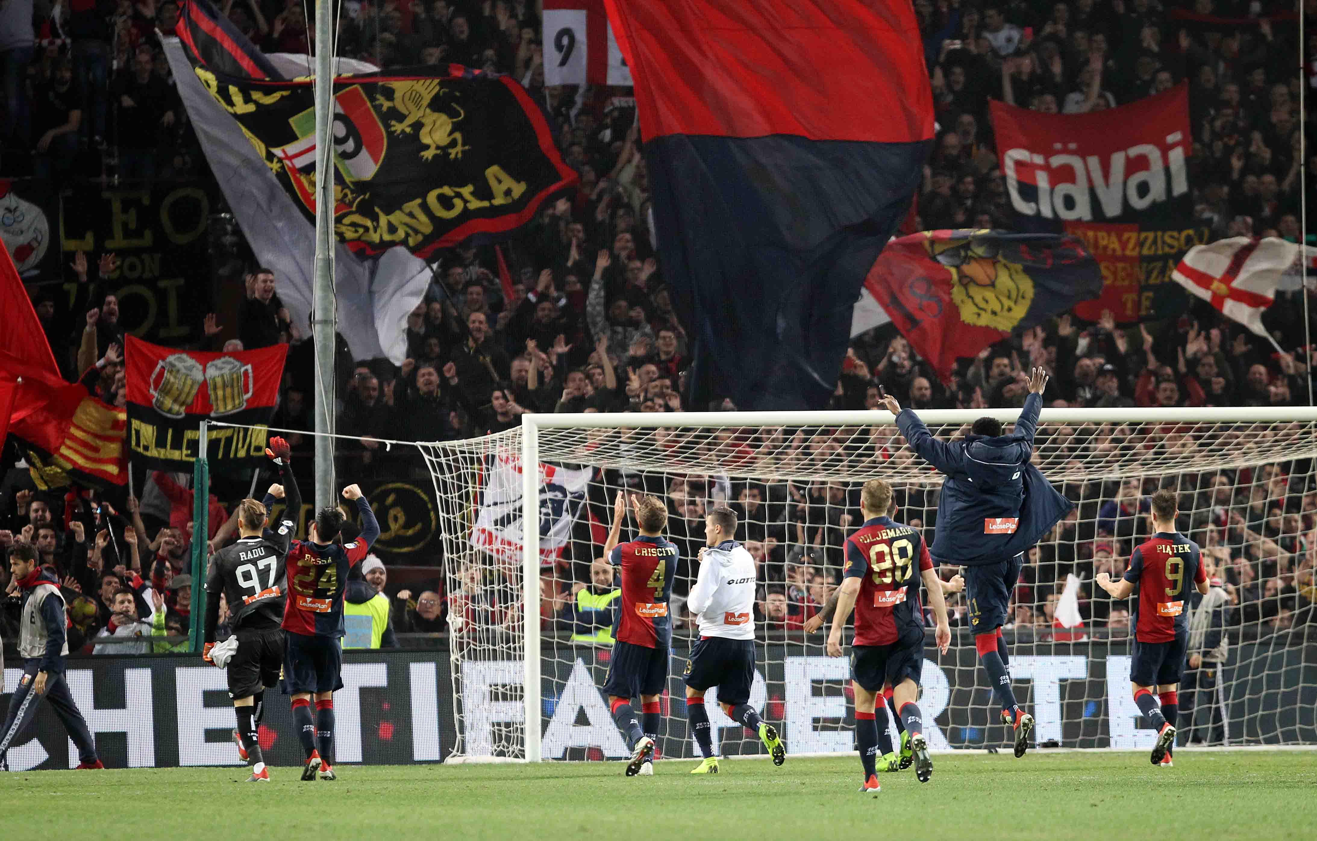 Genoa-Milan alle 15, i tifosi protestano